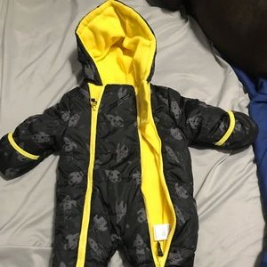 Other - Baby boy snow suit! MAKE ME AN OFFER!
